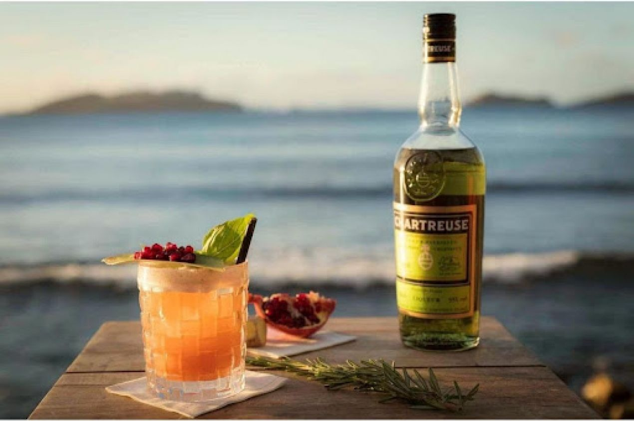Photo for: 7 must-have cocktails for your Labor Day weekend